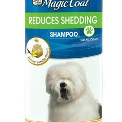 Four Paws Magic Coat De-Shedding Shampoo
